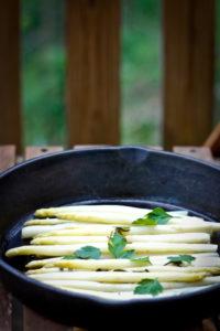 Braised White Asparagus