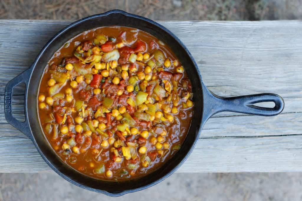 Glamping: Vegan Chana Masala - A delicious, fast, camping friendly meal