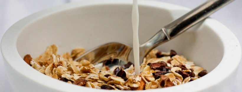 This vegan friendly Coconut Almond Muesli with Cacao Nibs is ready in 5 minutes, and is a healthy and delicious way to start your day!