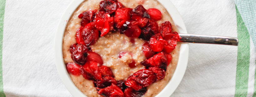 Easy Vegan Steel-Cut Overnight Cranberry Oatmeal with Cranberry Topping