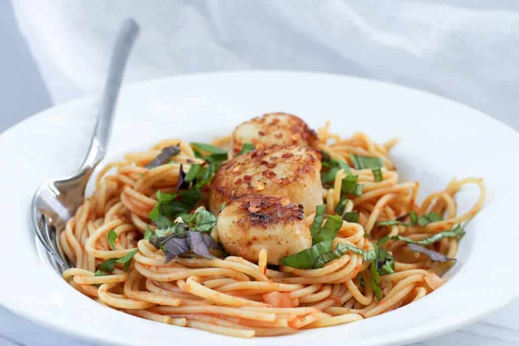 Spicy Seared Sea Scallops with Pasta in a Pasta Serving Plate