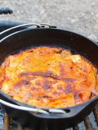 Campfire Vegetarian Spinach Lasagna: 30 minutes in a cast iron dutch oven, cooked over a campfire. Simple, easy, delicious, and incredibly filling.