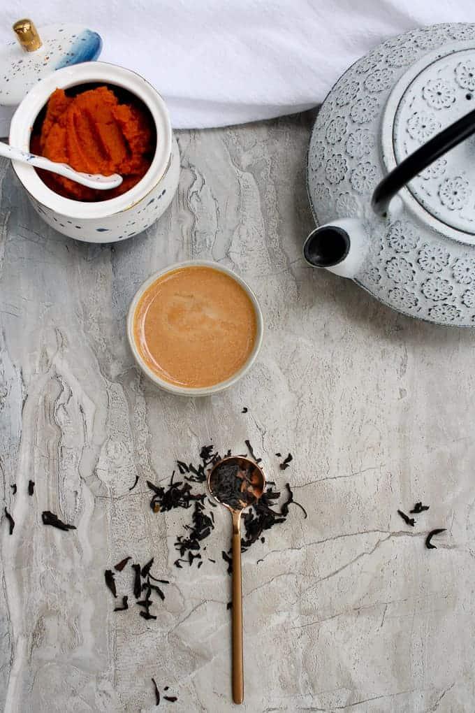 making a chai pumpkin spice latte