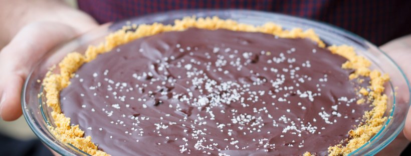 This vegan-friendly Salted Bourbon Chocolate Pie is made with chocolate, cream (or coconut cream), bourbon, and sea salt, is simple to put together, and is perfect for parties!
