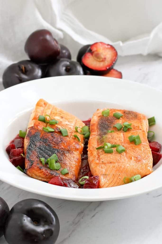 Grilled King Salmon with Plum Sauce in a Serving Dish