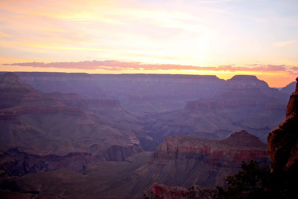 sunrise while hiking the grand canyon