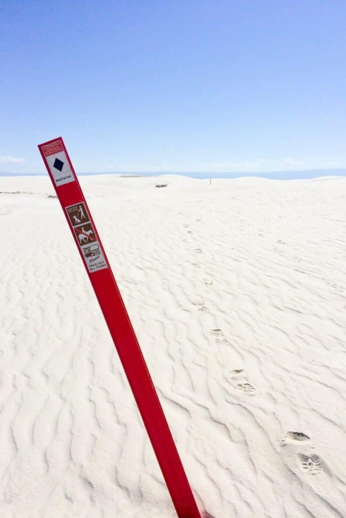 Alkali Flat trail in White Sands National Monument