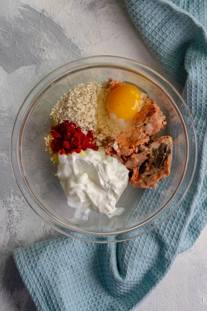 Add all the ingredients to a mixing bowl