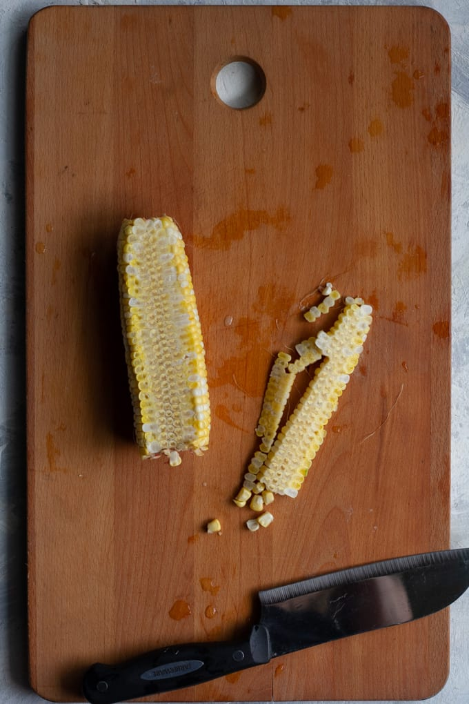 cut the corn off the cob