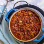 vegan beer chili in a serving dish