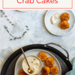This delicious canned crab recipe is for easy mini crab cakes! Serve them with a spicy yogurt sauce as tapas or hors d'oeuvres.