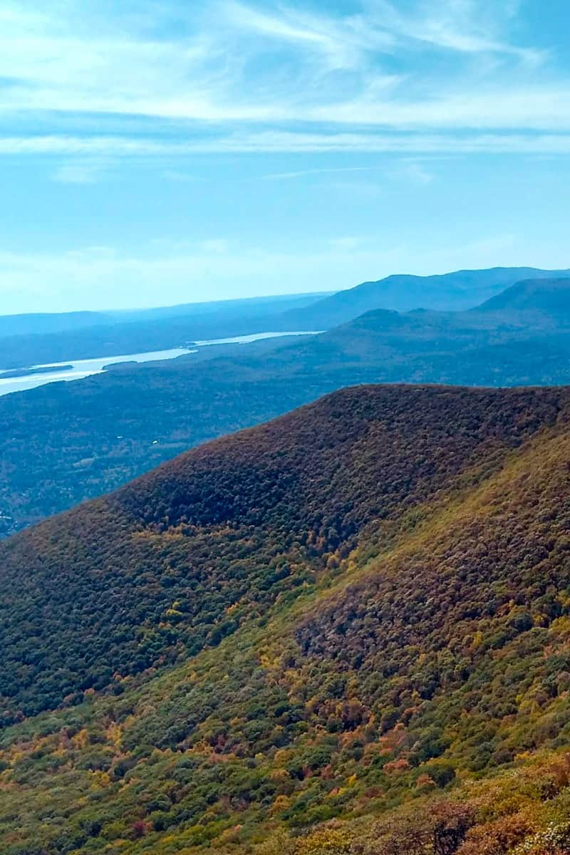 Overlook Mountain Views