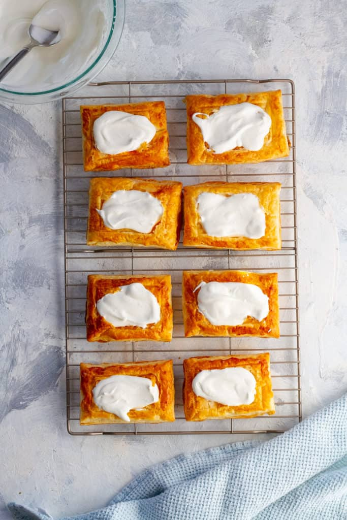 Fill the Puff with Mascarpone Whipped Cream