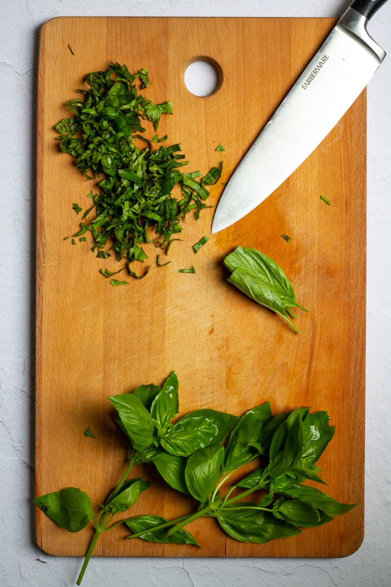 Thinly Slice Basil