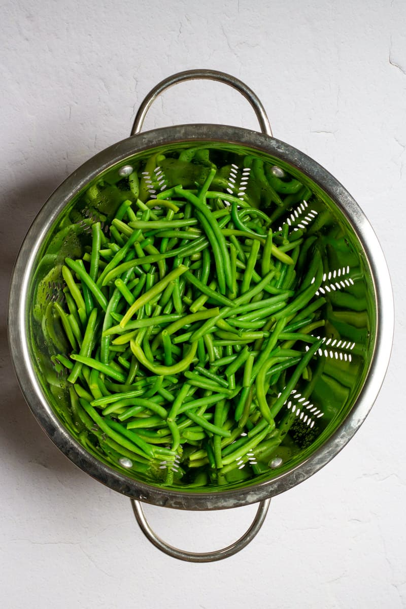 Blanch, Cool, + Dry the Green Beans