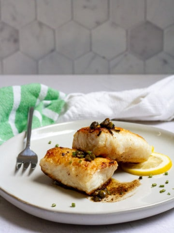 pan-seared lingcod on a plate (lingcod recipe)