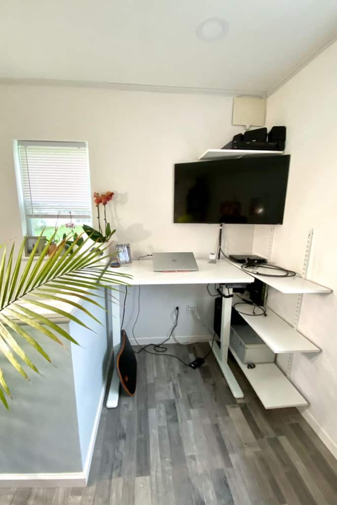 Home Office with Standing desk