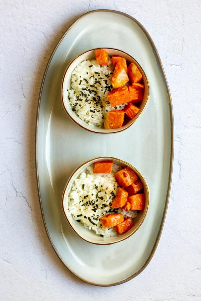 Add Rice + Salmon to Bowls