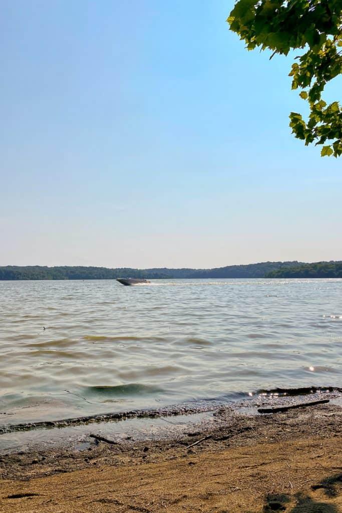 Boat on East Fork Lake
