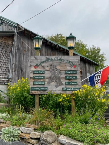 Burrville Cider Mill sign.