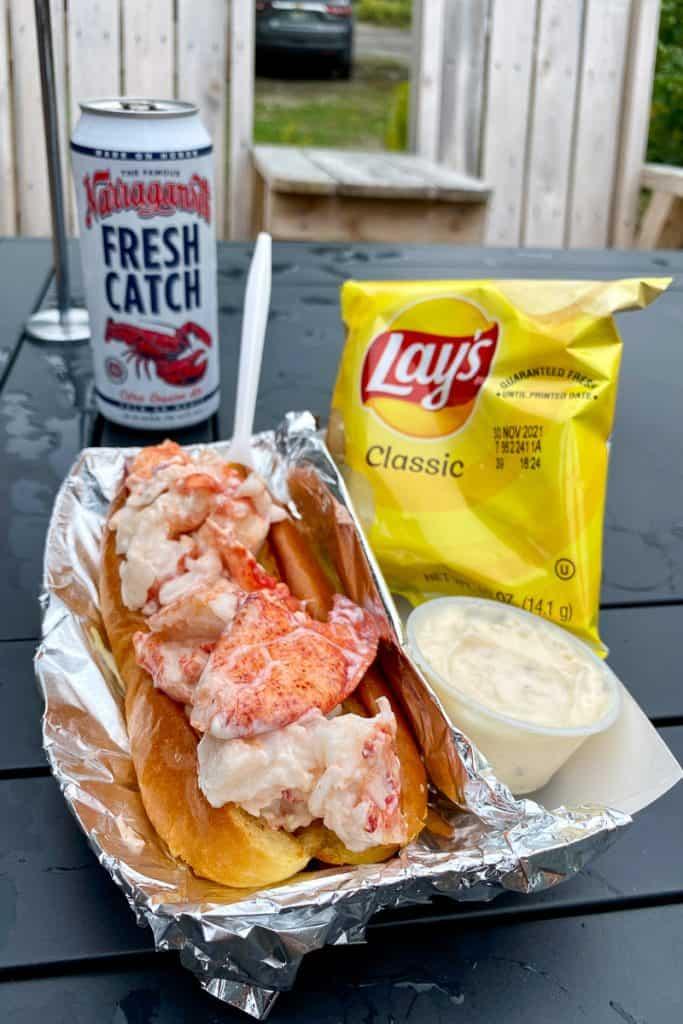 Classic Lobster Roll, Garlic Aioli + Chips.